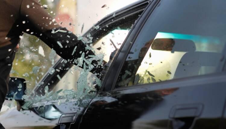 زیان مالی وارد شده از طرف بیمه و سارقان خودرو یکسان است!