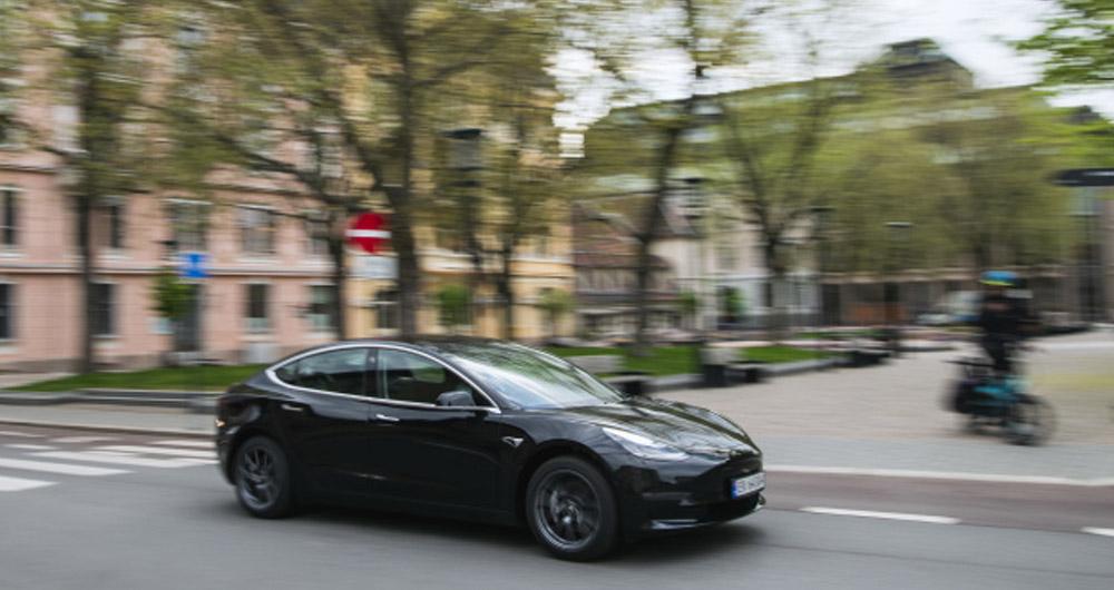 سهم 54 درصدی خودروهای برقی در بازار اتومبیل نروژ در سال 2020