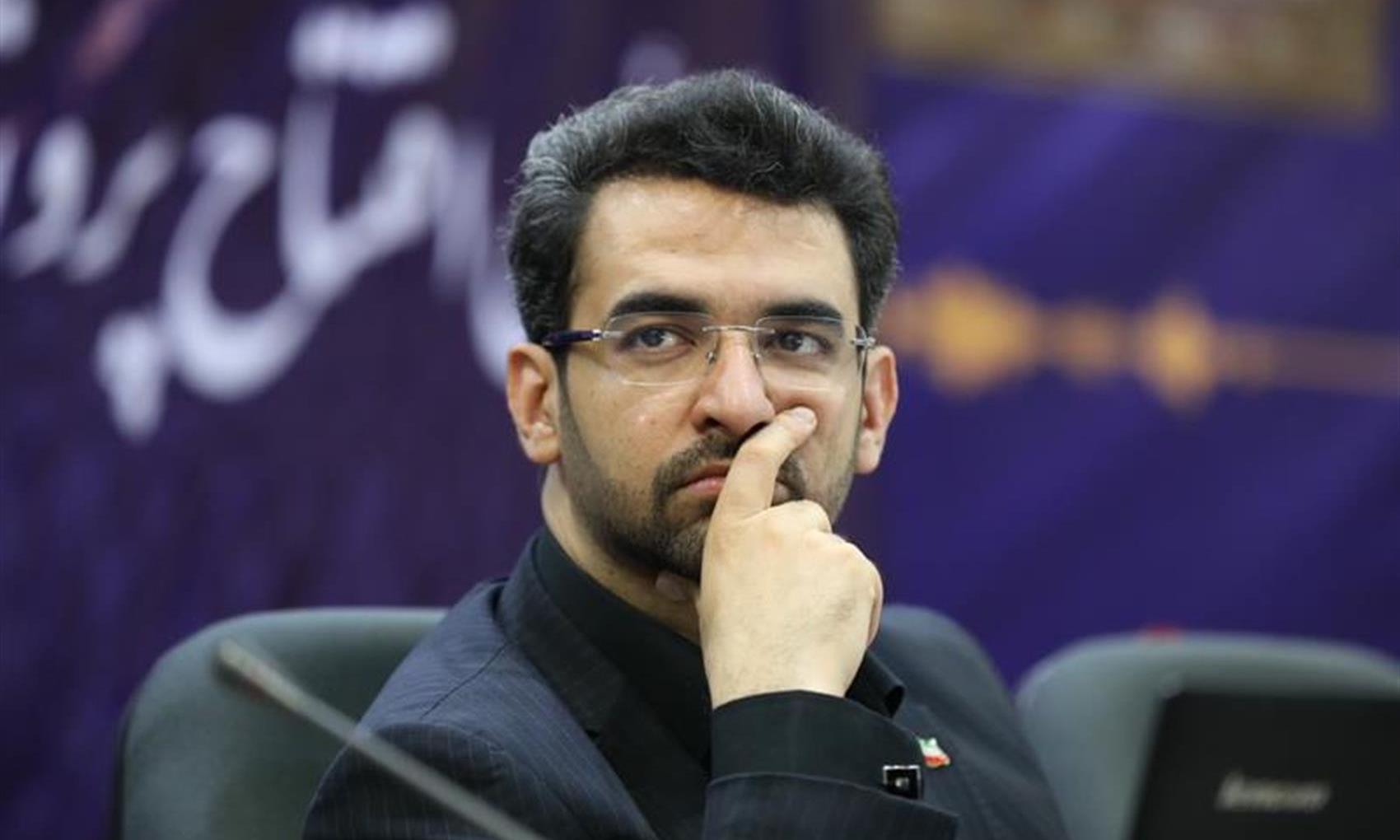 آذری جهرمی: ایران در میان پنج قدرت برتر فضایی جهان قرار میگیرد