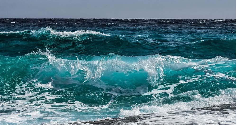 تشخیص زمین لرزه در اقیانوس به کمک کابل های فیبر نوری