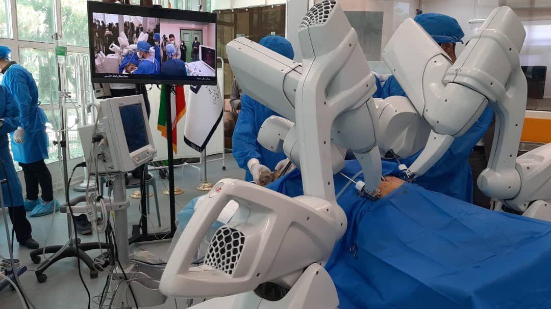 اولین جراحی رباتیک از راه دور ایران