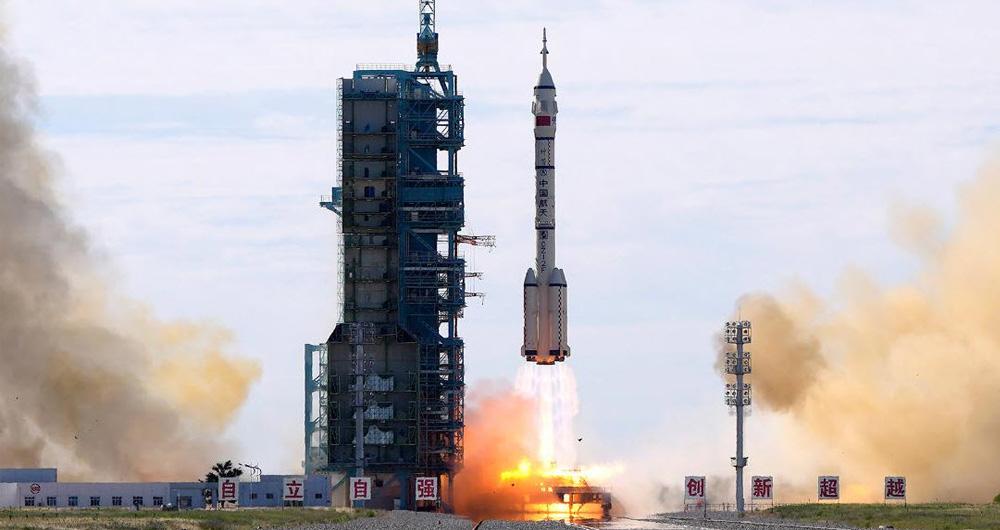 سه فضانورد چینی برای انجام مأموریت 90 روزه راهی ایستگاه تیانهی شدند