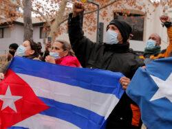 فیلتر تلگرام و فیسبوک در کوبا