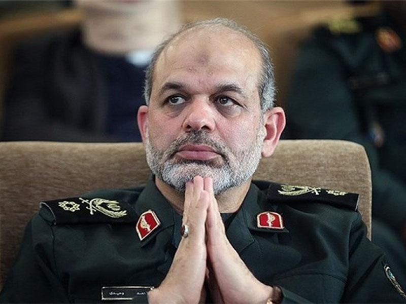 احمد وحیدی وزیر کشور