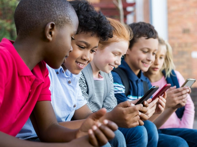 کنترل گوشی فرزندان