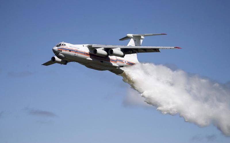 هواپیمای آبپاش ایران
