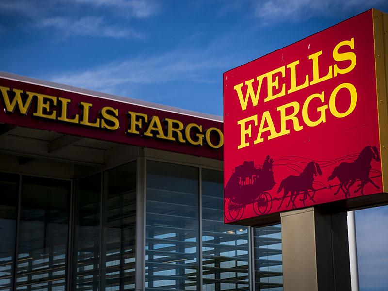 سرمایهگذاری در ارزهای دیجیتال برای مشتریان ثروتمند ولز فارگو