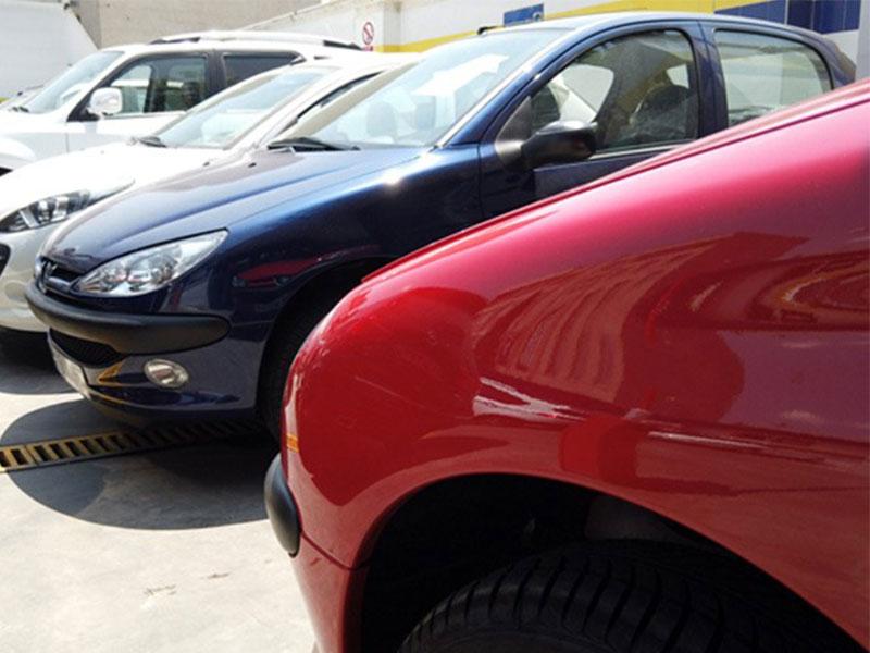قیمت روز خودرو خلاف جهت بازار ارز و طلا