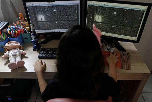 نیکل اولیویرا ستاره شناس